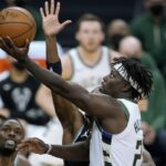 Tanpa Giannis, Milwaukee Bucks Taklukan Sacramento Kings 129-128